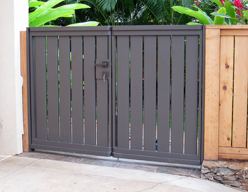 Commercial Custom Aluminum Gate
