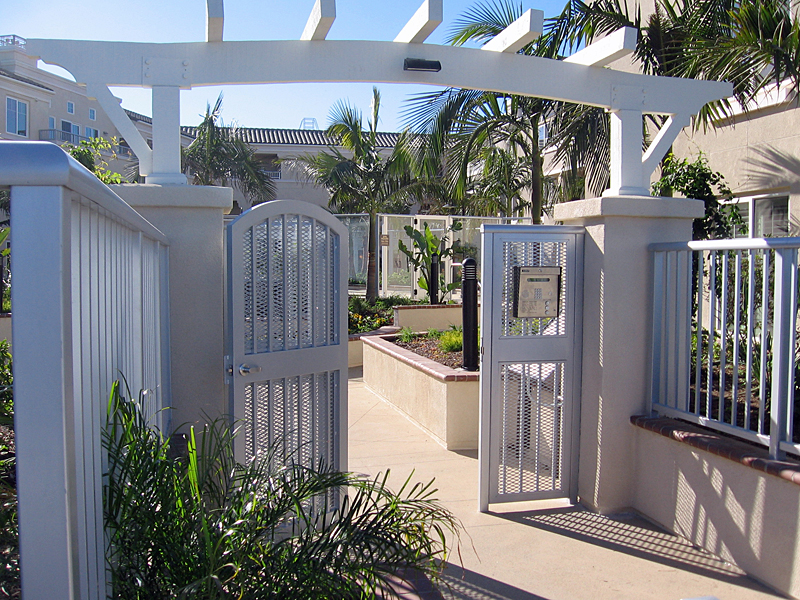 Gate System for Commercial Property