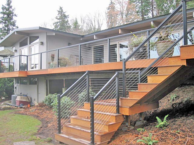Residential Deck Cable Railing System